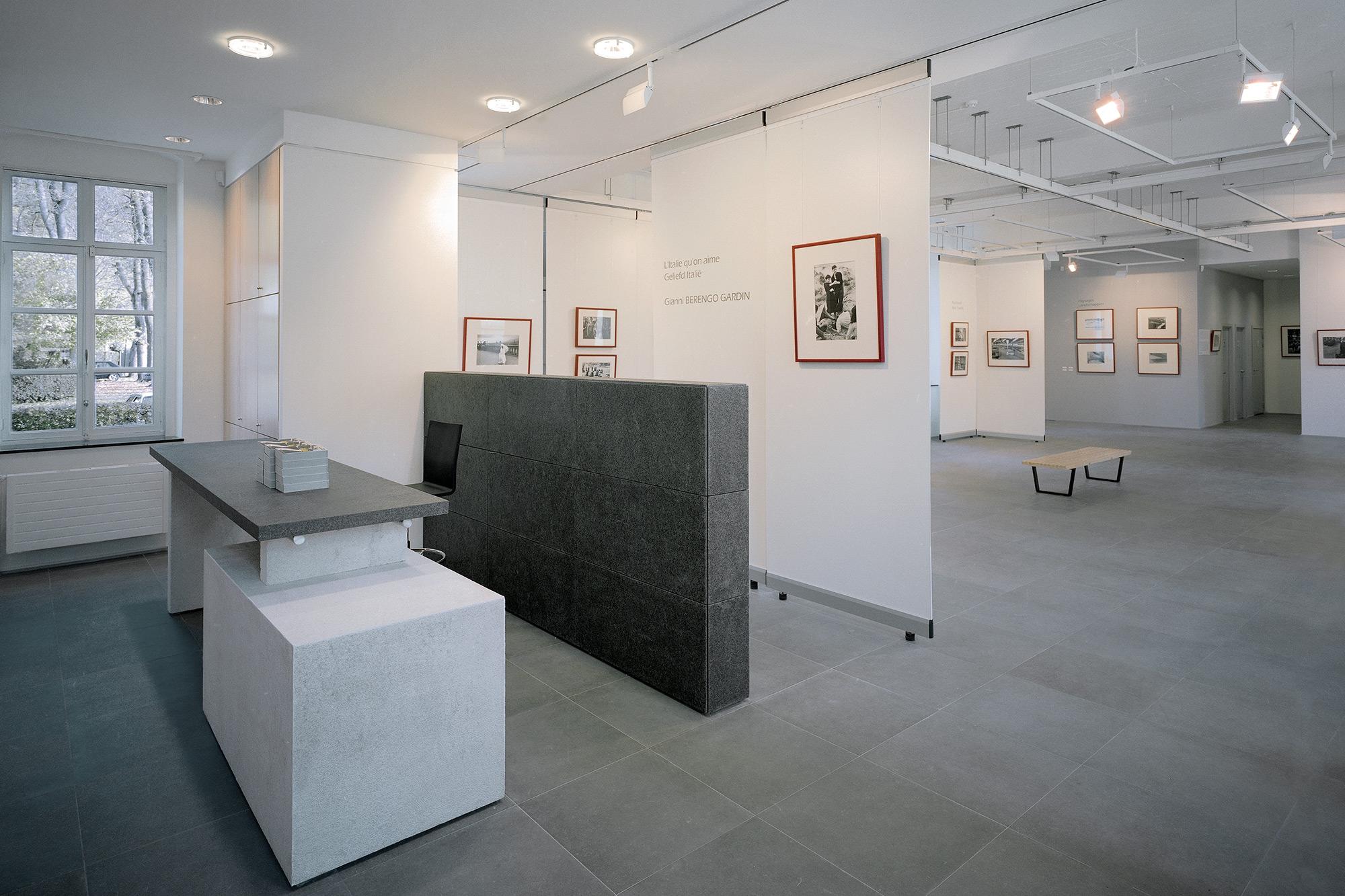 salle d'exposition au Centre d'Art de Rouge-Cloître