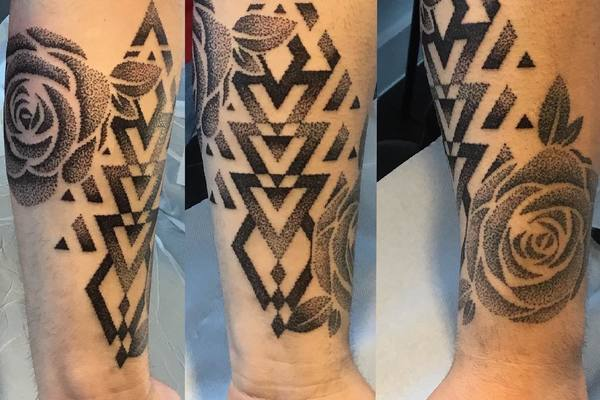Dotwork tattoo by Oli Sen Kulpa at The Fisher King 4