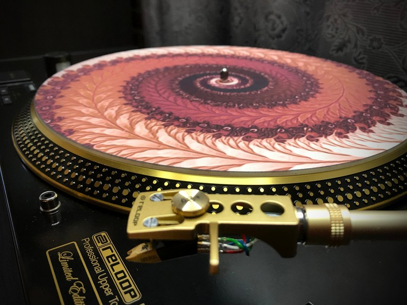 Zoetrope Turntable Slipmat  - Positive Fern