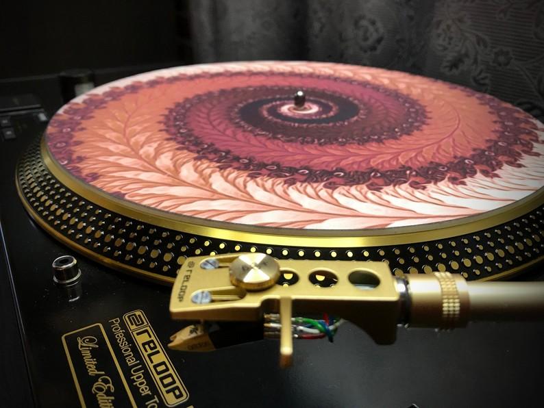 Zoetrope Turntable Slipmat  - Positive Fern