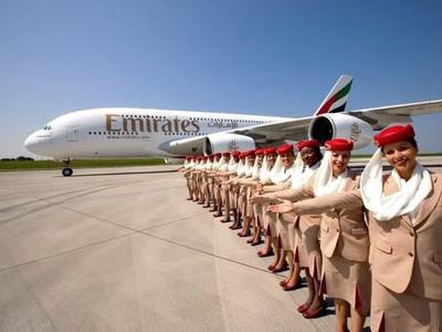 EMIRATES retourne son premier Airbus A380